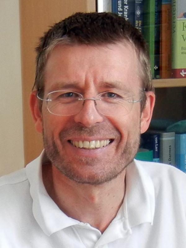 Dr. Christof Metzler